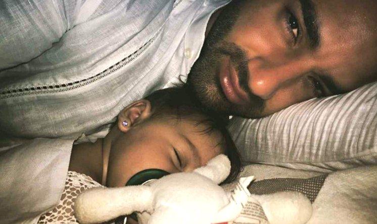 Toni y su niña Alaïa
