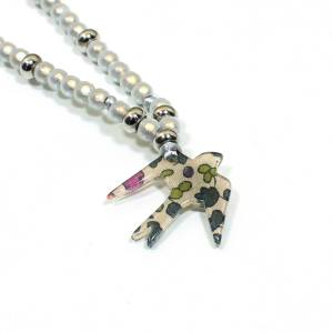 Petit Prune bird close up - Liberty print Bird  teething nursing fiddle necklace 'Petit Prune'