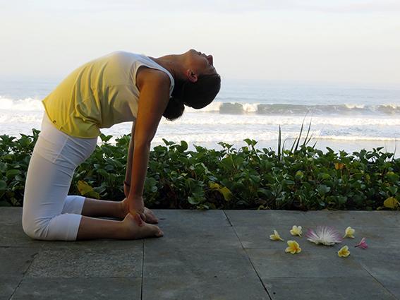 Mit Zwillingen im Bauch klopfte ich an ihre Tür: Die Kraft im Kundalini-Yoga