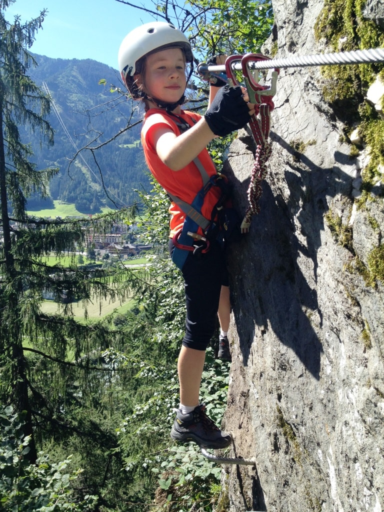 Outdoor Kinder Kinder Klettersteig Mayrhofen Kids Friendly Rock Climbing In Tirol