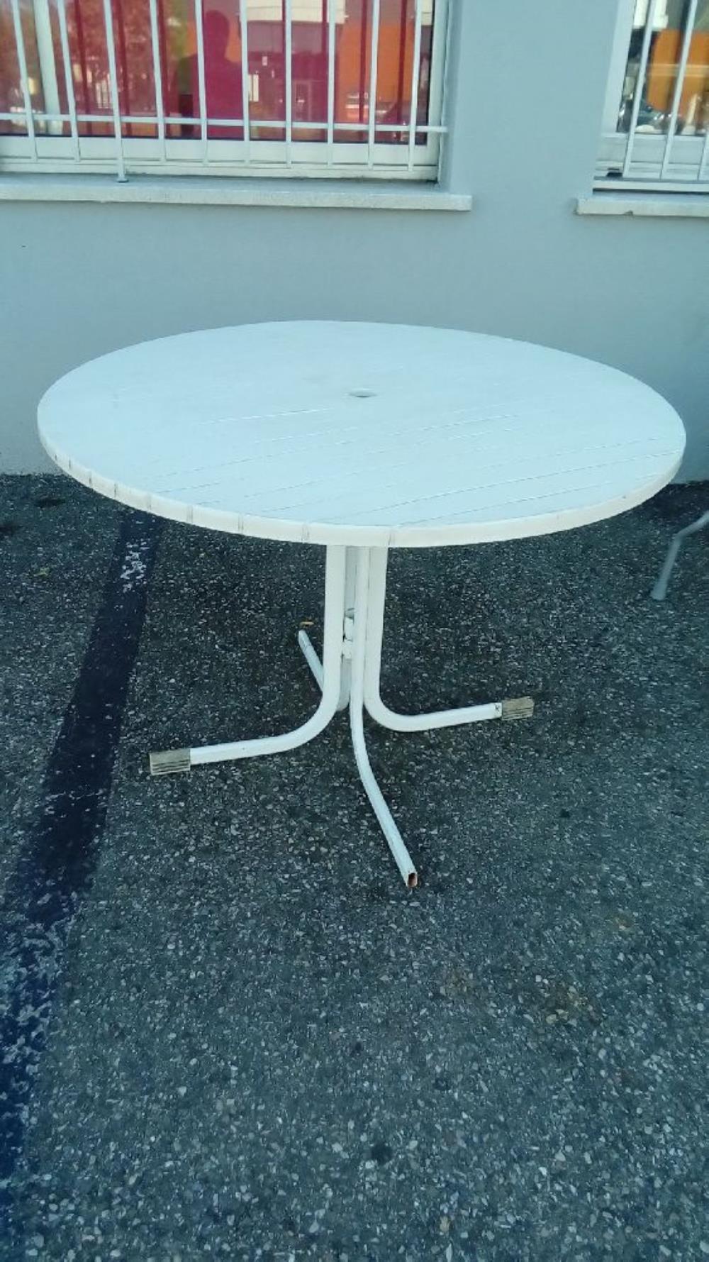 Table Ronde Pvc | Tables De Jardin Allibert