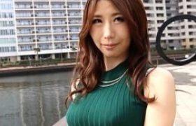 爆乳セレブ若妻が首絞めドM教育で徹底的にイカされまくる。篠田あゆみ