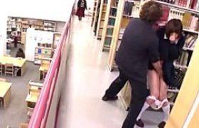 内気な黒々した髪高校生が図書館で凌辱され手マン潮吹き足ガク痙攣wかなで自由