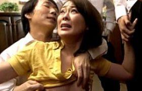 同級生の母親を集団凌辱w連続顔ぶっかけにビクビク痙攣。栗野葉子