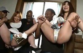 遠方で知り合った黒人と連続中田氏3Pを楽しむドスケベ働くお姉さん!小泉ミツカ