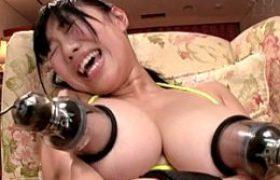 Hカップ巨乳娘が乳首開発され汗だく3Pイキまくり!桐谷まつり