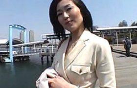 妖艶な30代浮気若妻がSMホテルで白い本気汁たらしマジイキ連発。浅宮ゆかり