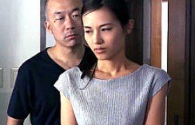 夫を愛しながら元彼の力強いSEXで痙攣イカされまくるチョーキレイ妻。武藤あやか