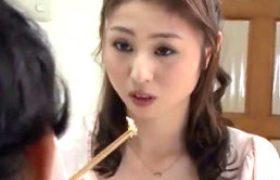 まだまだ女でいたw赤いTバック下着で娘の夫に溺れる女盛りの義母!前田可奈子