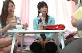女子大生が友達の父親に媚薬を飲まされキメセクw高速腰振りグラインドでガクガク痙攣イキまくり。羽月希