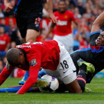20131016Ashley-Young-Manchester-United-Crystal-Palace-Dive