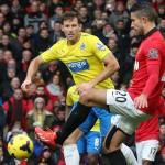 Robin-van-Persie-of-Manchester-United-in-acti_3047857