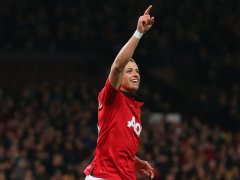 Man-United-v-Swansea-Javier-Hernandez-of-Manc_3062186