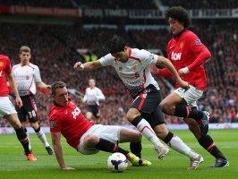 Manchester-United-v-Liverpool-Luis-Suarez_3102416