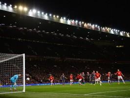Robin-van-Persie-third-goal-Manchester-United_3104155