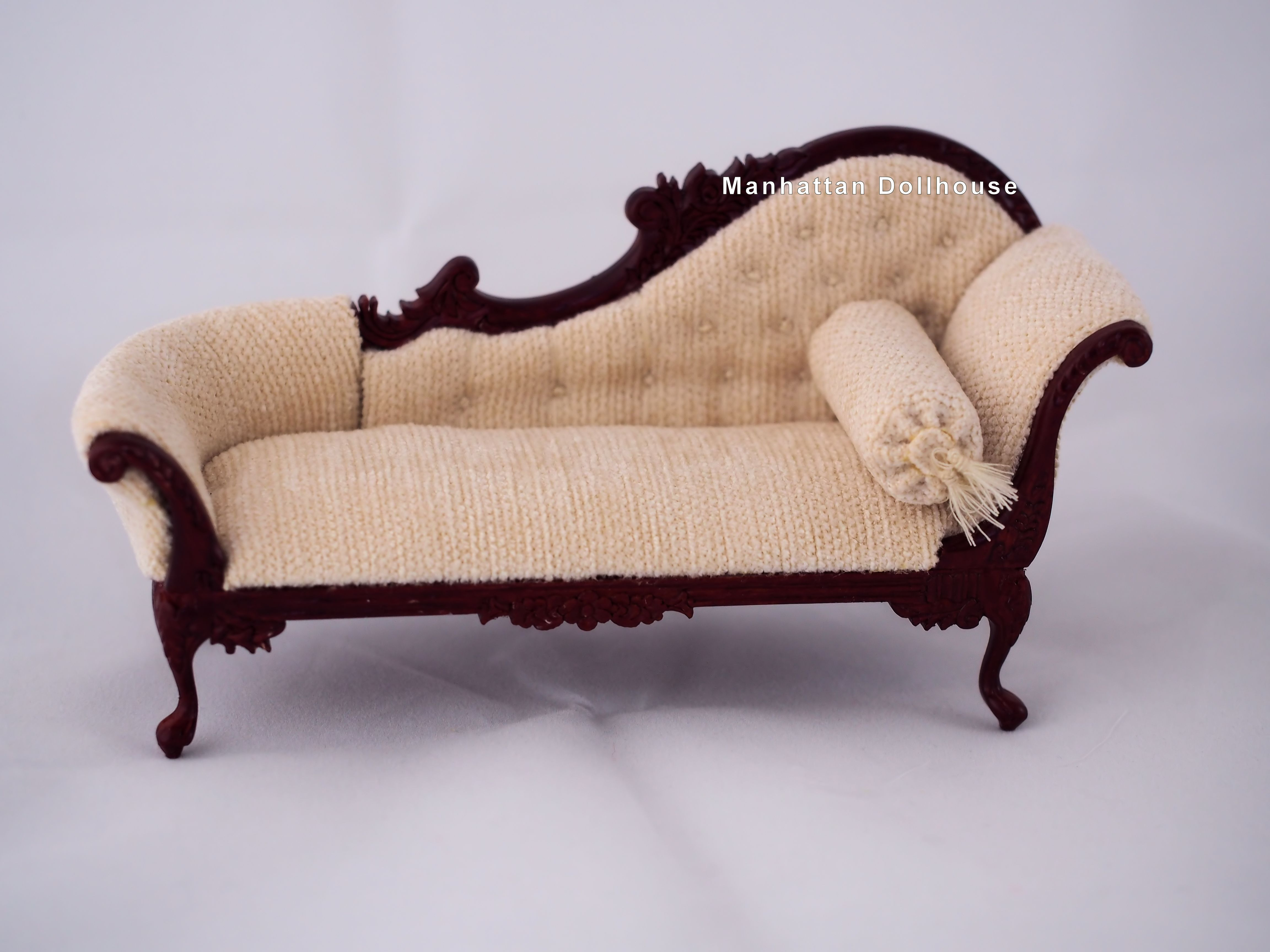 Chaise Design Miniature The Elizabeth Chaise By Bespaq In Walnut 277 Mh 73 99