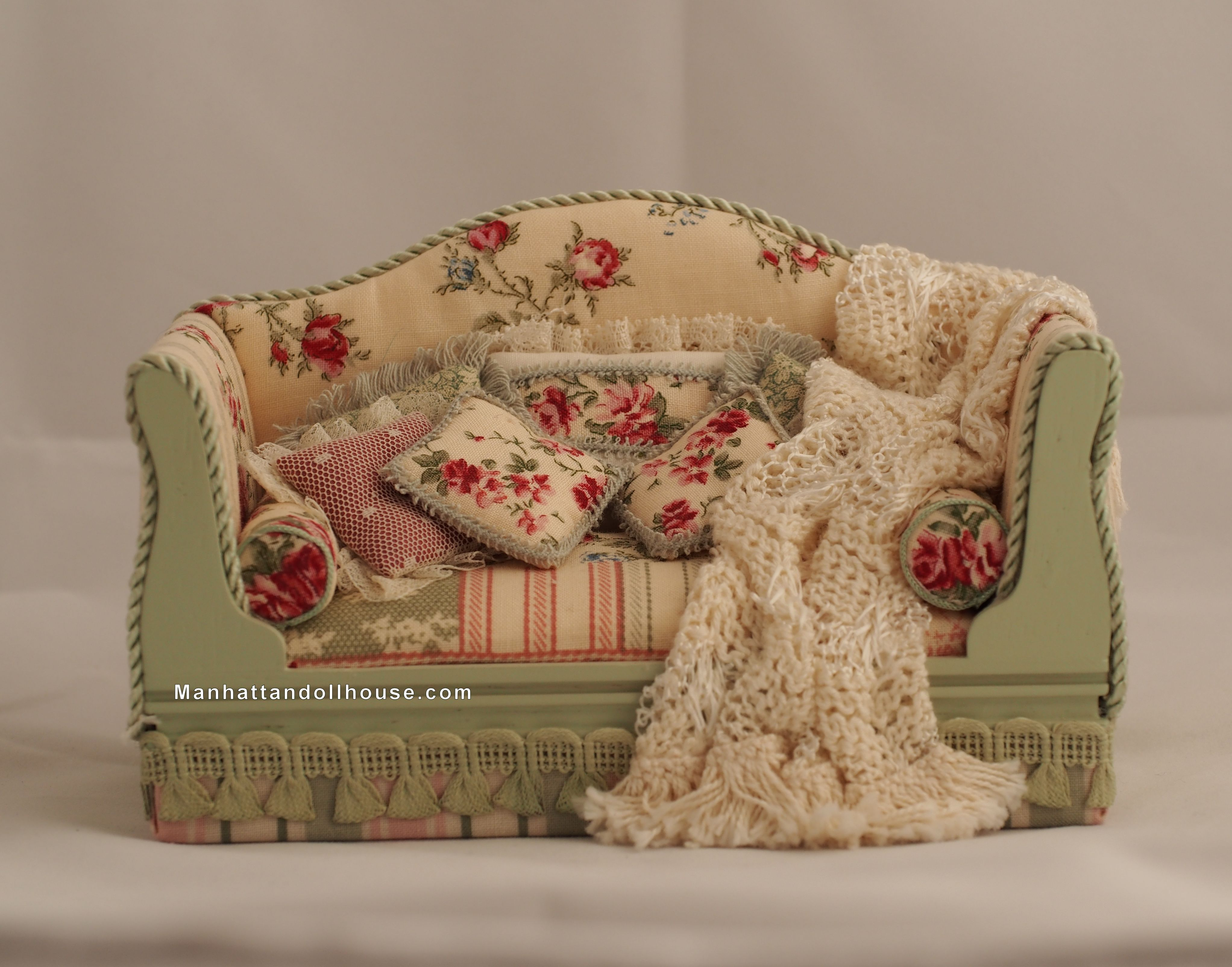 Couch Shabby Chic Shabby Chic Dollhouse Couch In Pink And Green 100 00