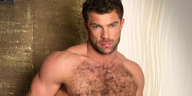 Manhunt Daily Wood: Sean Lawrence Is Back & Better Than Ever