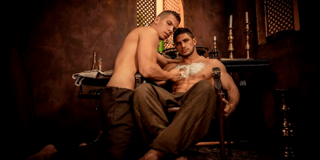 Martes de porno con Gay Of Thrones