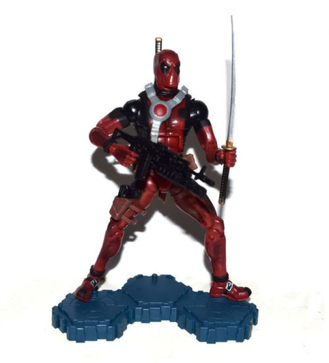 marvel_legends_deadpool_red