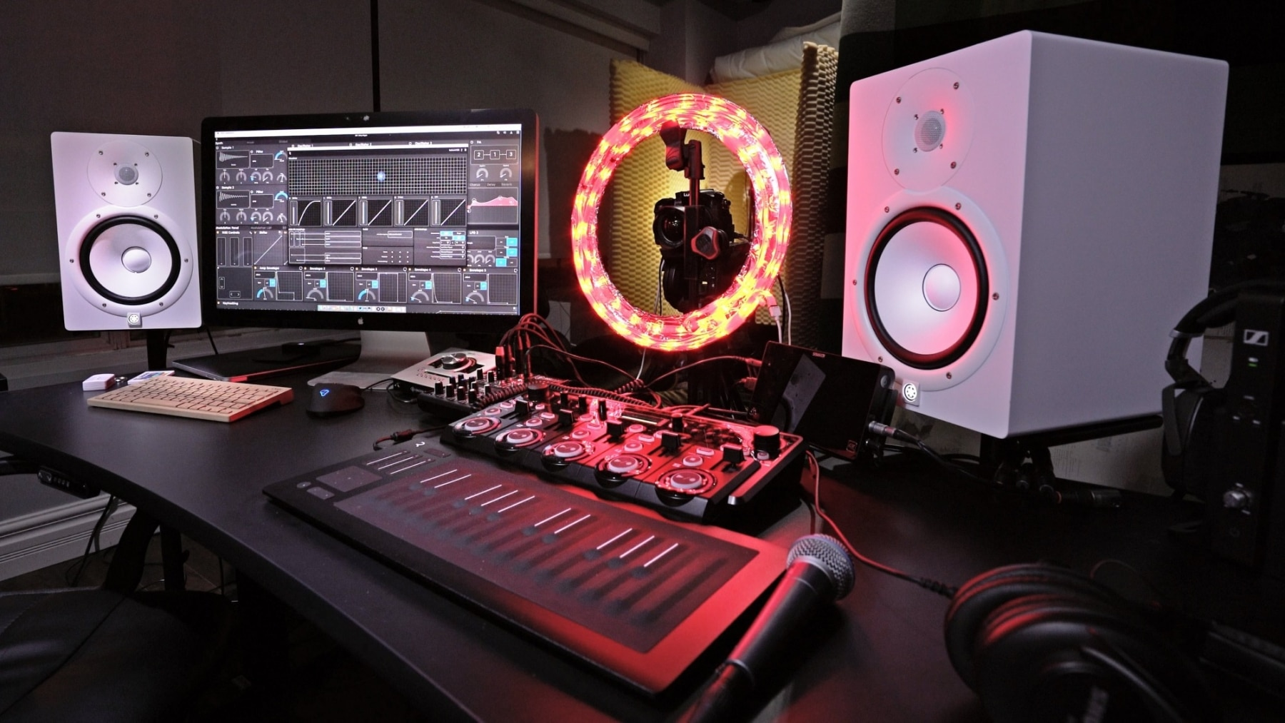 Bad Pc Setup Unbox Therapys Music Rig Desk Setup And Gear Man Of Many