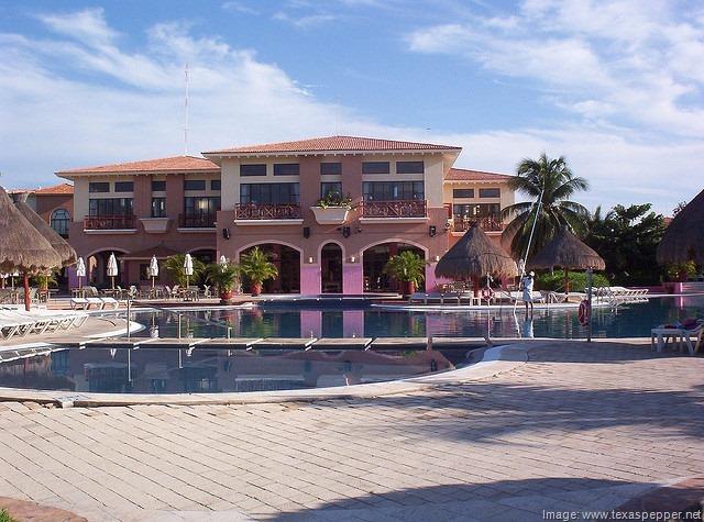 Teen Club Riviera Maya Resorts