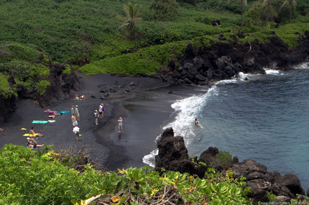 13 most amazing black sand beaches around the world part 3 for How many black sand beaches in the world