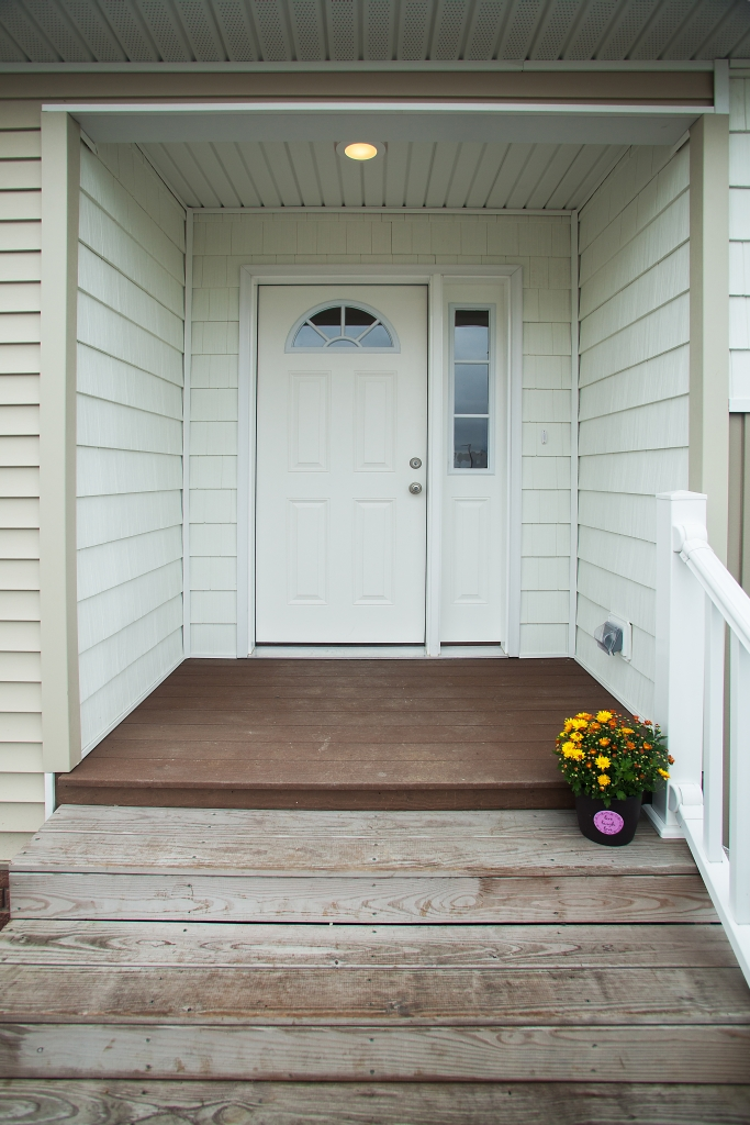 Front Porch Railing Manorwood Ranch & Cape Homes - Bellissimo - Nh376a | Find