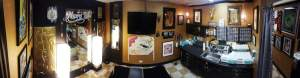 piercing-room-pano