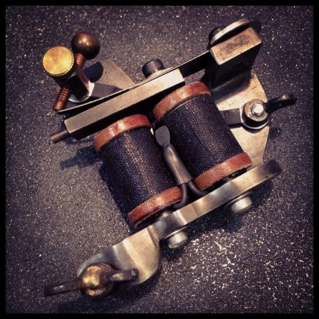 Timothy-Kidd-Tattoo-Machines_09-e1438218040204