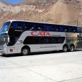 Ônibus na fronteira entre a Argentin a e o Chile