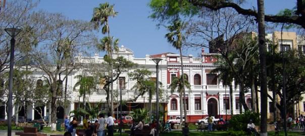 Praça central em Sucre
