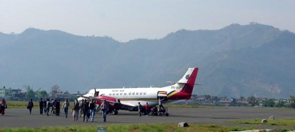 Nepal, ligações aéreas