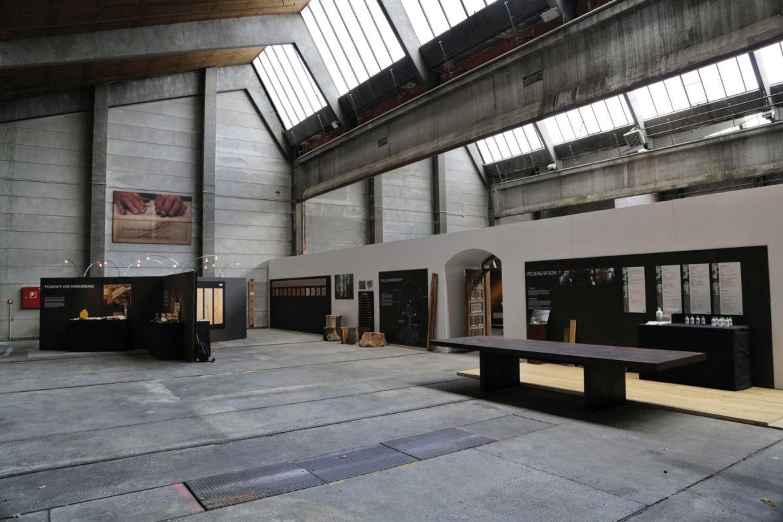 2014 feierten in der Empfangshalle der Werkstatt rund 2000 Gäste aus aller Welt das 30-jährige Firmenjubiläum.