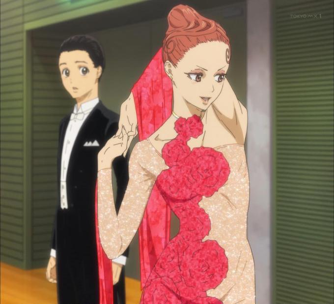 緋山千夏の赤いドレス