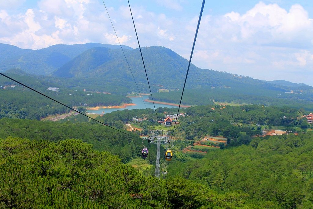 Cable Car in Da Lat