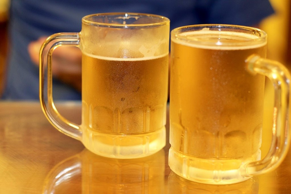 Ultimate Guide to visiting Vietnam - fresh beer