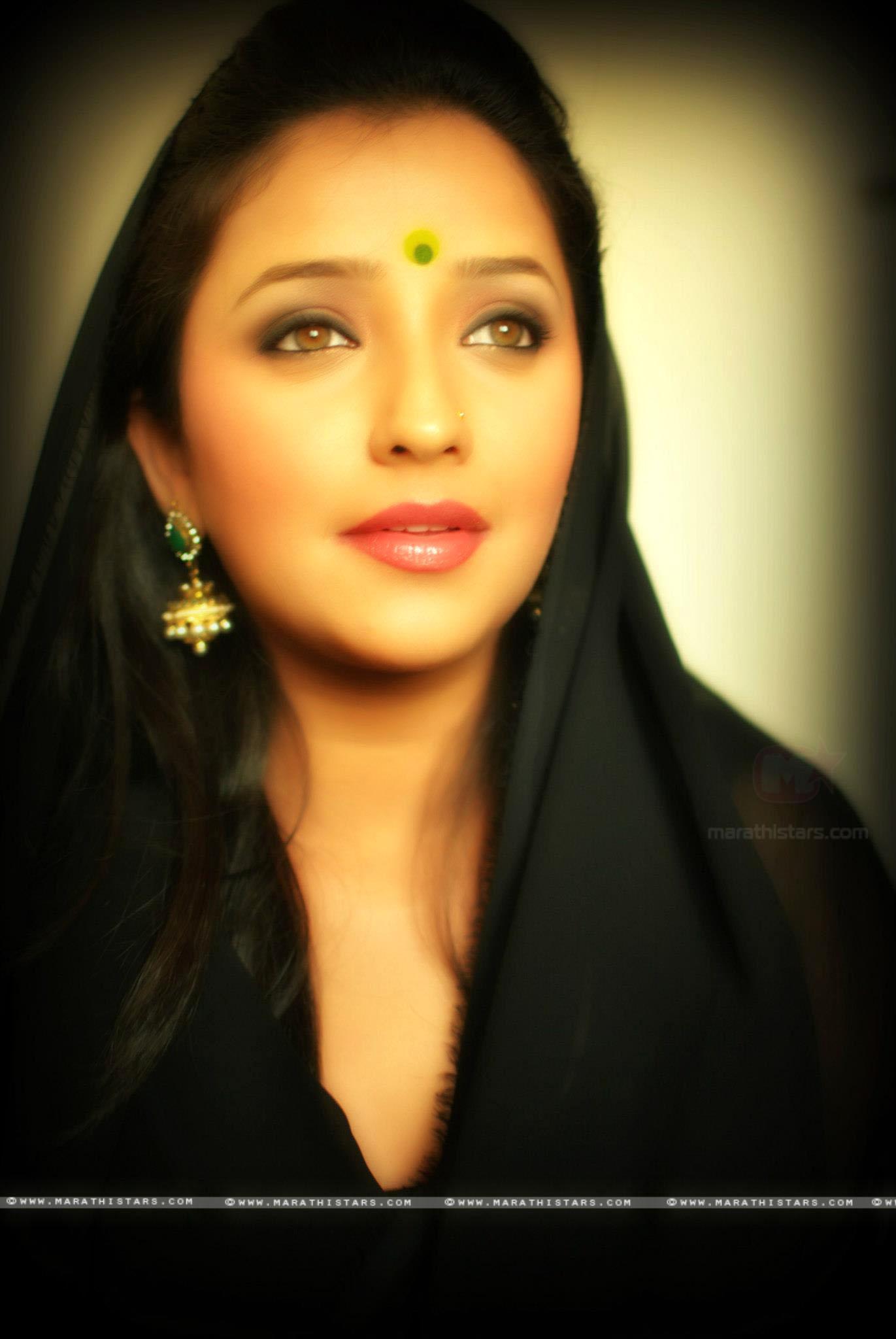 Marathi Girl Hd Wallpaper Apurva Nemlekar Marathi Actress Photos Biography