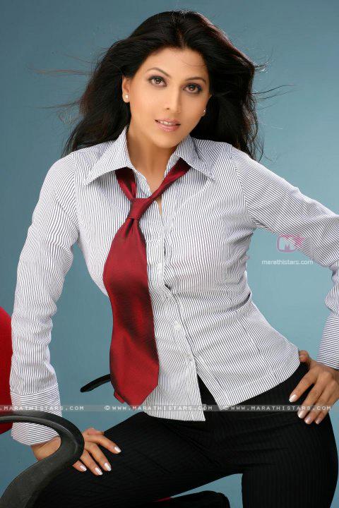 Marathi Girl Wallpaper Madhavi Kulkarni Marathi Actress Photos Wallpapers
