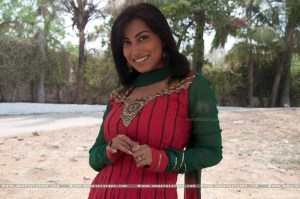 Kranti Redkar Marathi Actress in movie Love Is vaat (6)