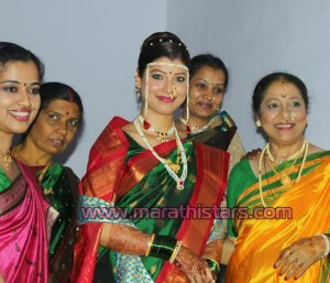 Tejswini Pandit marathi actress weding Photos