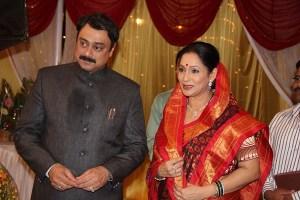Sachin khedekar & Ashwini Bhave in Aajcha Divas Majha