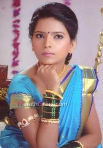 Suvarna kale in Saree photos