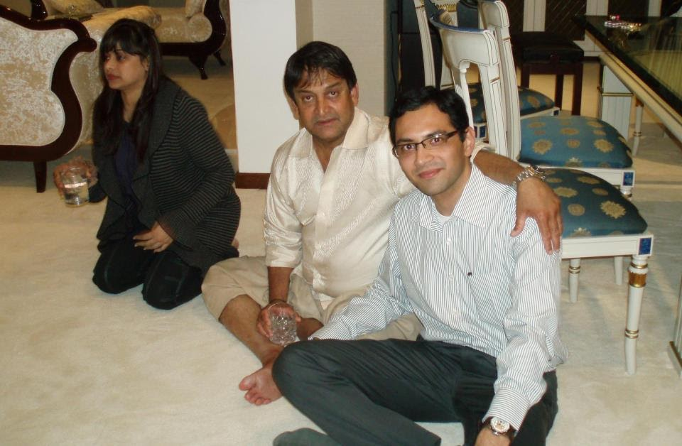 rahul dongre mahesh manjrekar with wife