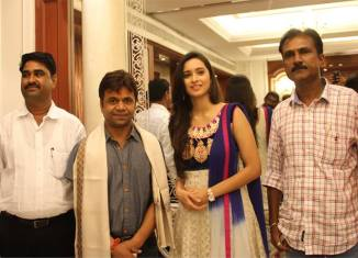 Rajpal Yadav in Marathi film Dagdabaichi Chal, In Photo - Sangram Salvi, Shivani Surve