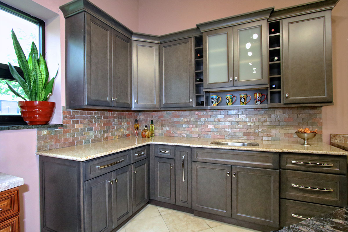 Are Lowes Kitchen Cabinets Any Good Thomasville Cabinetry Reviews Great Kitchen Cabinets