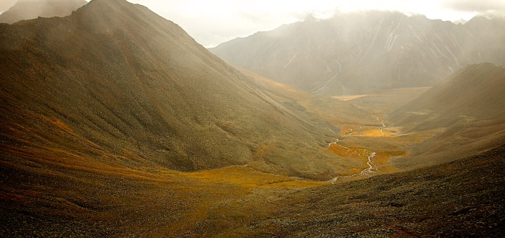Picture of a valley shrouded in fog