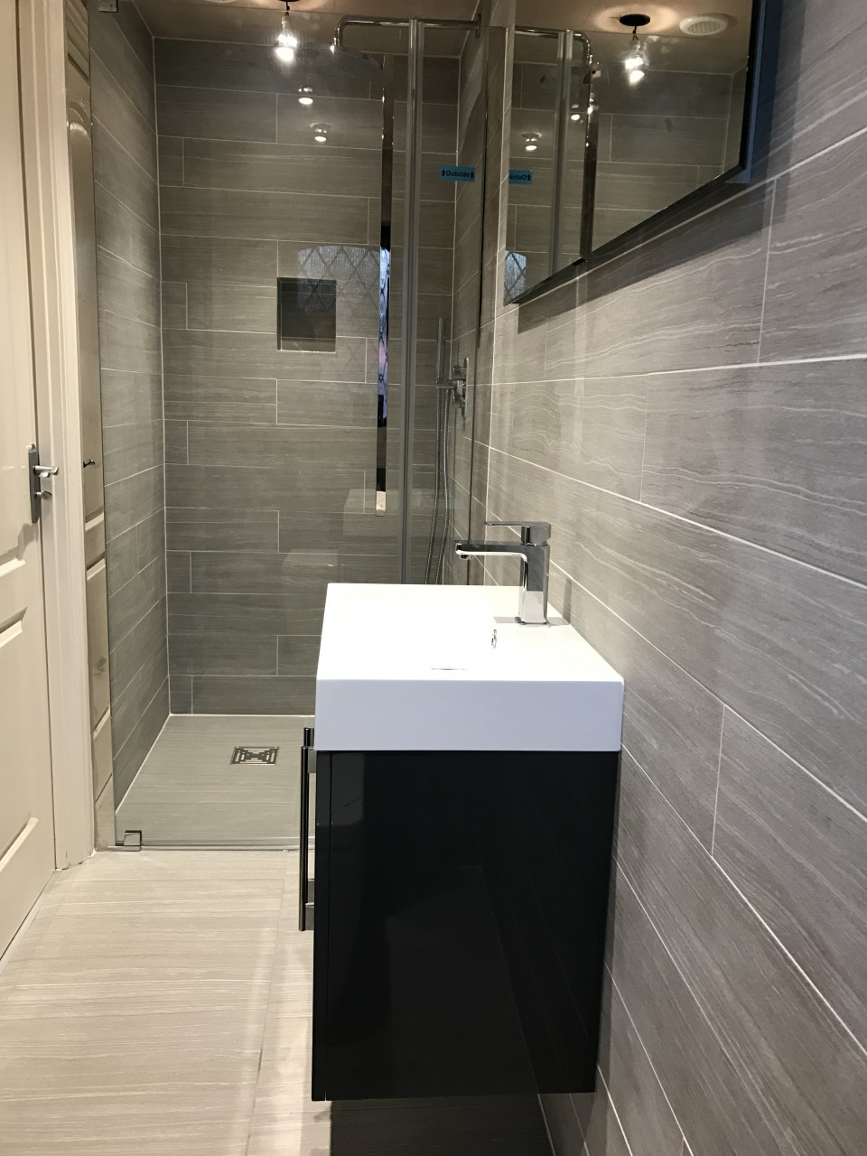 Fullsize Of En Suite Bathroom