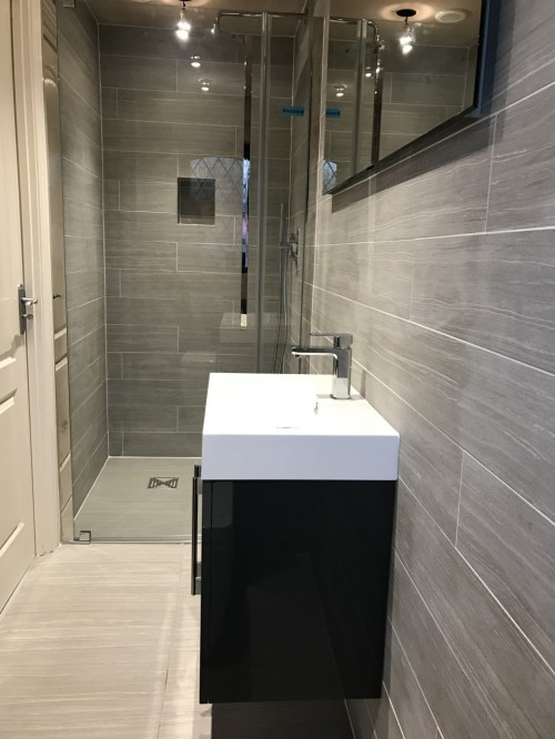 Medium Of En Suite Bathroom
