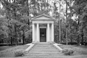 Villa Varda Mausoleum, Brugnera